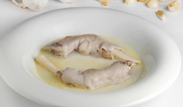 Супа-пача по Странджански с говежди и свински крака