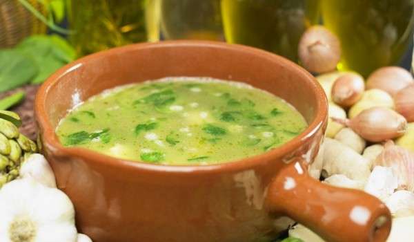 Спаначена картофена супа