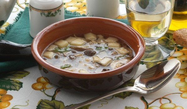 Картофена супа с кюфтенца
