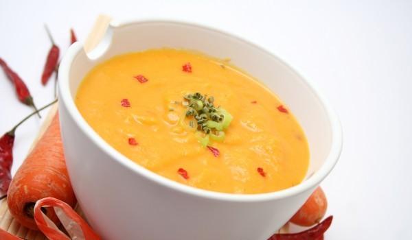 Супа от тиквички и пиле