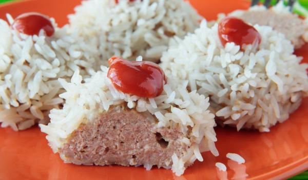 Свински топчета с ориз