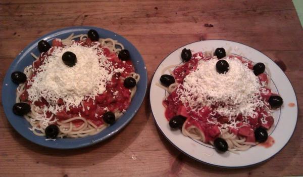 Домашни спагети Болонезе
