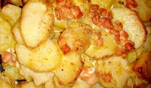 Картофи с бекон и майонеза