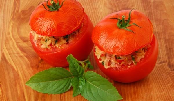 Пълнени домати с кайма и ориз