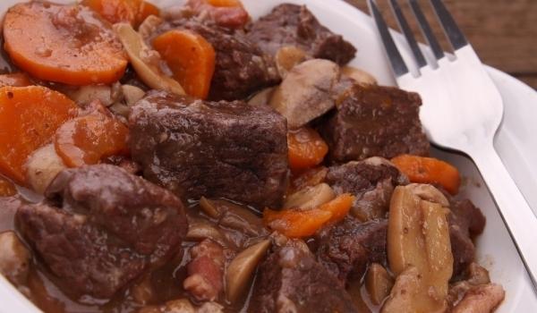 Джолан с картофи и гъби на фурна