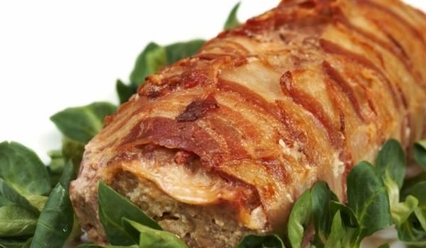 Свинско с аспержи