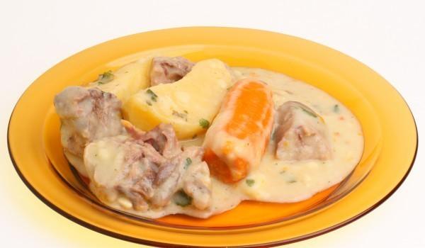 Свинско с картофи и сметана