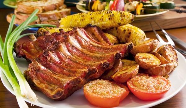 Желирани свински ребра на грил