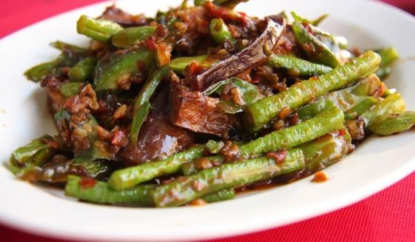 Зелен фасул с телешко по китайски