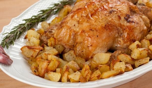 Пиле, пълнено с мариновани гъби