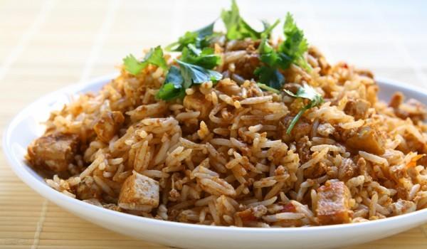 Ароматен ориз с пилешко месо