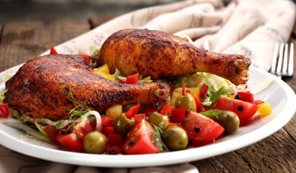 Пиле на грил с чили сос и кориандър