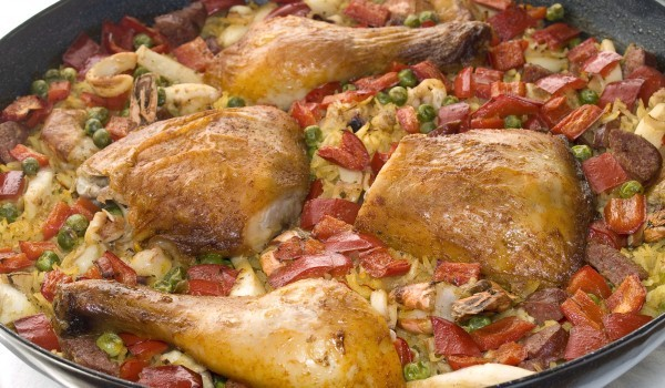 Пиле яхния с моркови