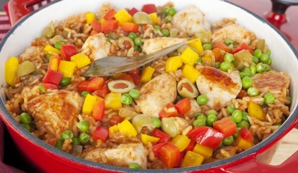 Пиле с ориз по испански