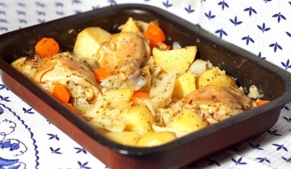 Пиле с картофи по селски