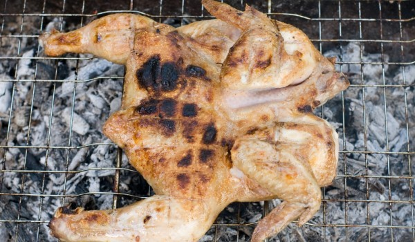 Пиле с кисело мляко на скара