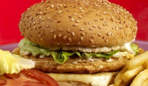 Чикън чийзбургер