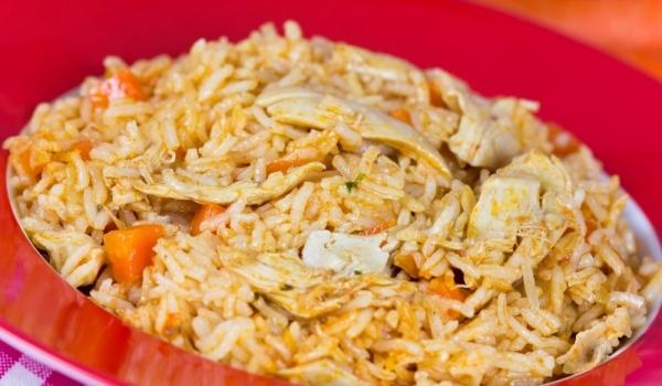 Пиле с къри ориз