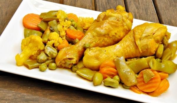 Ароматно пилешко със зеленчуци
