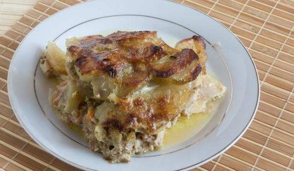 Запеканка с пиле и картофи
