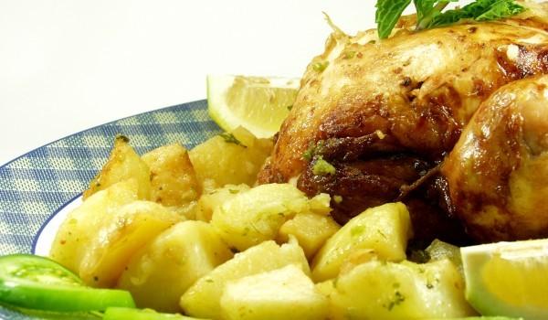 Пиле с лимон в гювеч