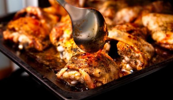 Мариновано пиле с вино и маслини