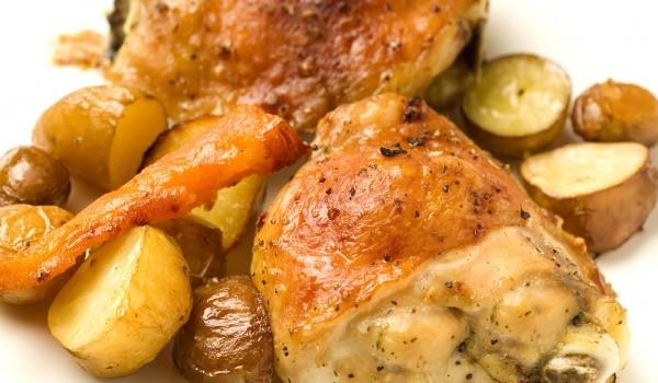 Пиле с кашкавал и картофи
