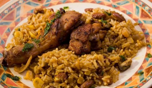 Пиле с ориз и къри