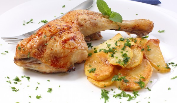 Пиле на фурна с картофи