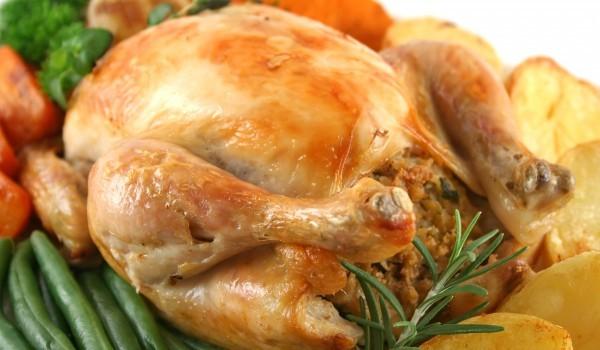 Пиле с плънка на шиш