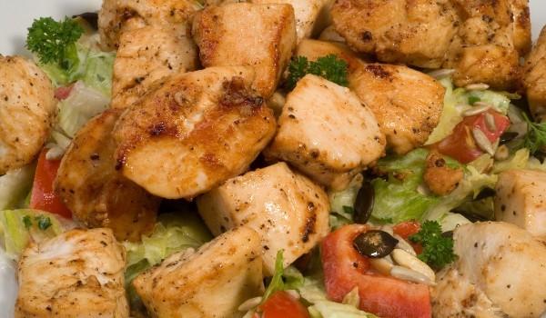 Пиле с чесън и магданоз