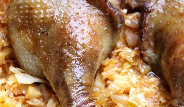 Запечена пуйка със зеле