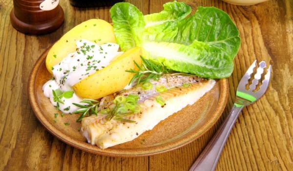 Маринована бяла риба