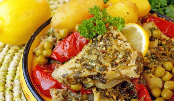 Риба с леблебия