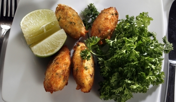 Рибни крокети с ориз и картофи