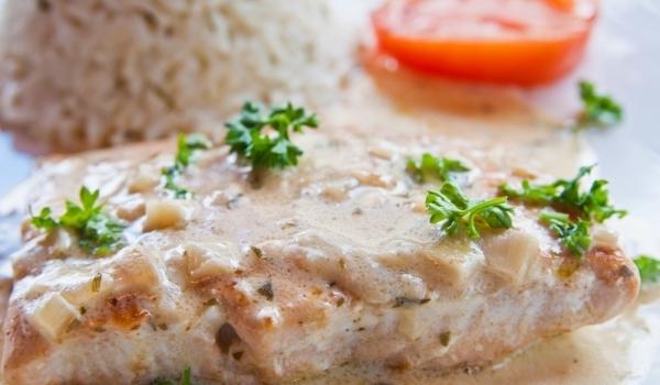 Бяла риба със сос по гебеджански