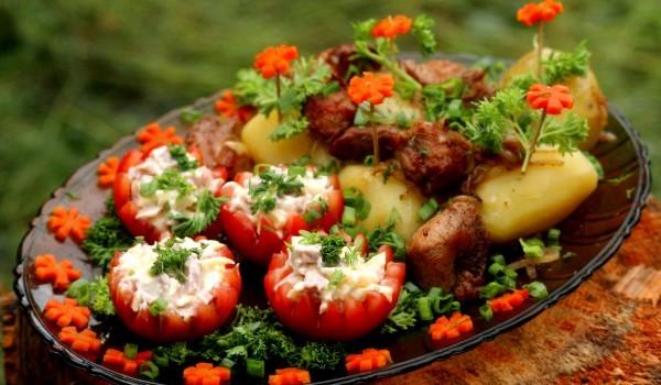 Пълнени домати с раци и майонеза