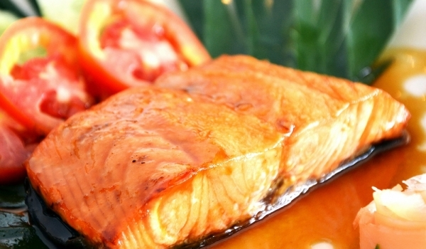 Сьомга със сос по креолски
