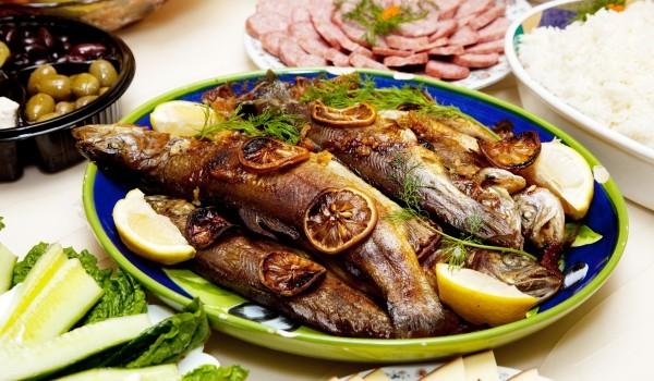 Бяла риба по испански