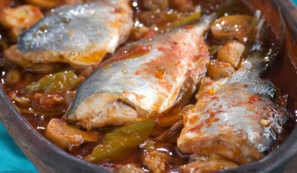 Риба с ориз и кисело зеле