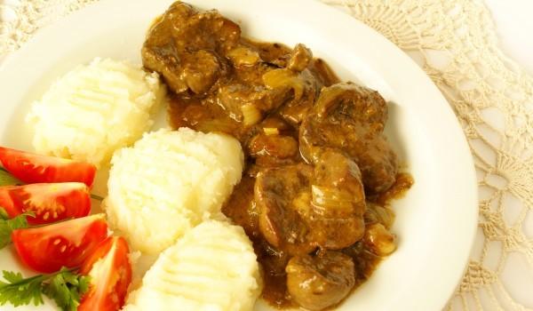 Пилешки воденички с картофи