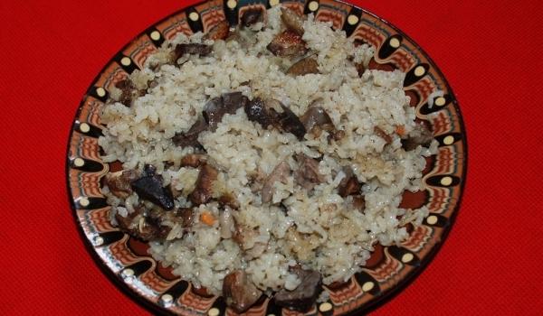 Пилешки сърца с ориз