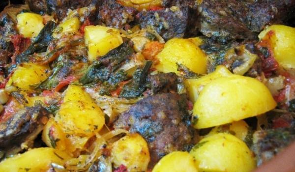 Картофи с розмарин, праз и чоризо
