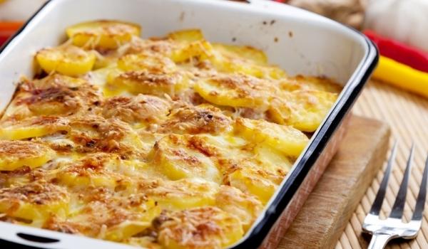 Картофи с бабек и кисело мляко