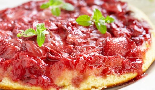 Тарт с ягоди с червено вино