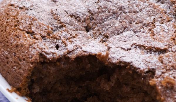 Шоколадов кекс с бира и джинджифил