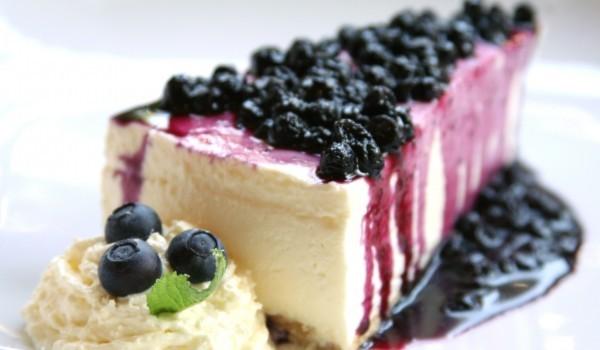 Боровинков чийзкейк с ванилови бисквити