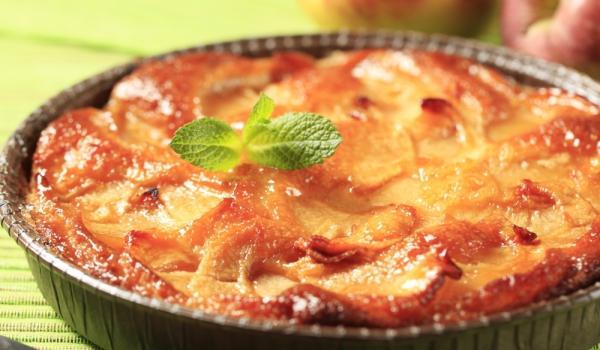 Балкански ябълков сладкиш