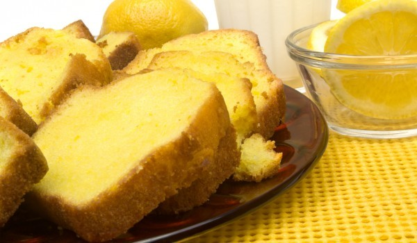 Лимонов кекс с извара