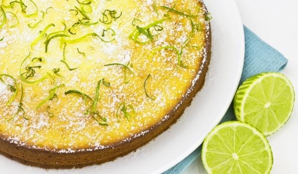 Свеж лимонов сладкиш